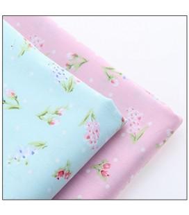 Lote de 2 telas coordinadas con motivos florales románticos
