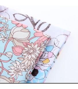 Lote de 2 telas coordinadas con motivos de flores