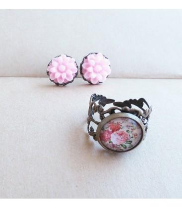 Conjunto de pendientes y anillo - Cabujones Flores - Sortijas - Set de bisutería